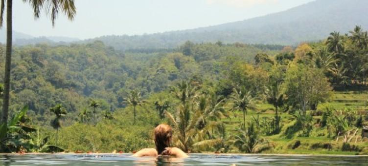 Main image of1ere escapade - Java est / Bali / Lombok