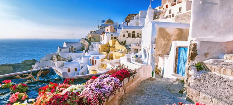 Main image ofDe la Crète à Santorin