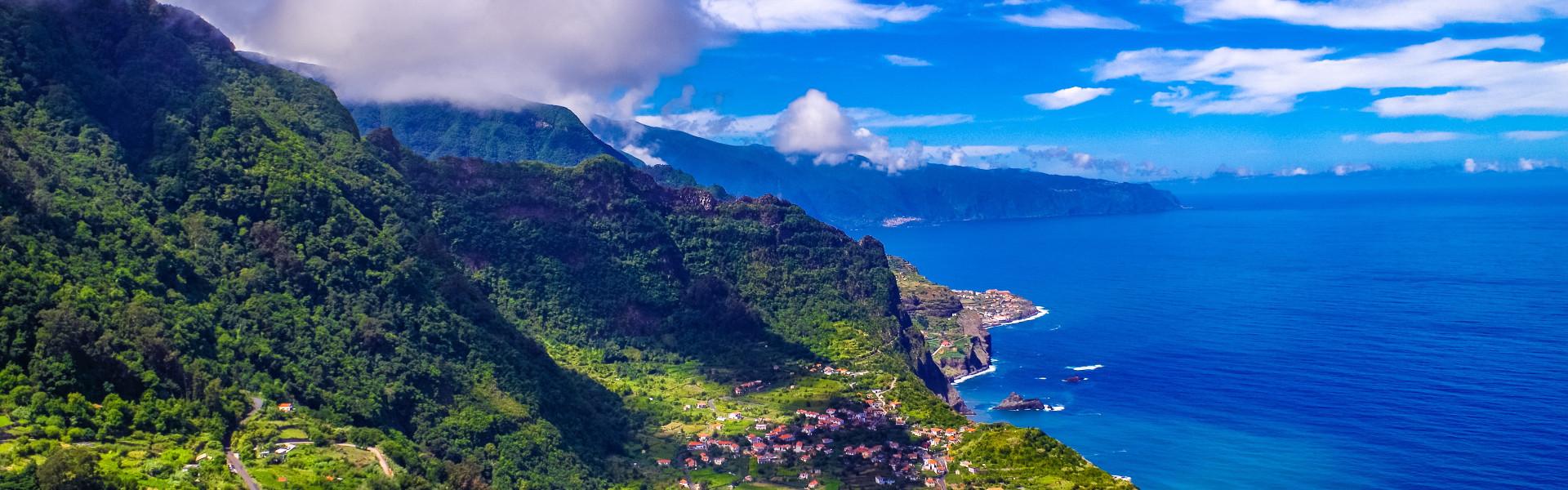 Main image ofLa Perle de l'Atlantique & l'Ile dorée : Madère et Porto Santo