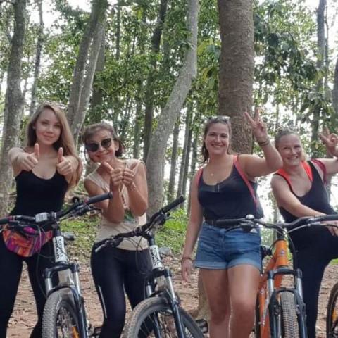 Main image ofLe Cambodge authentique à vélo