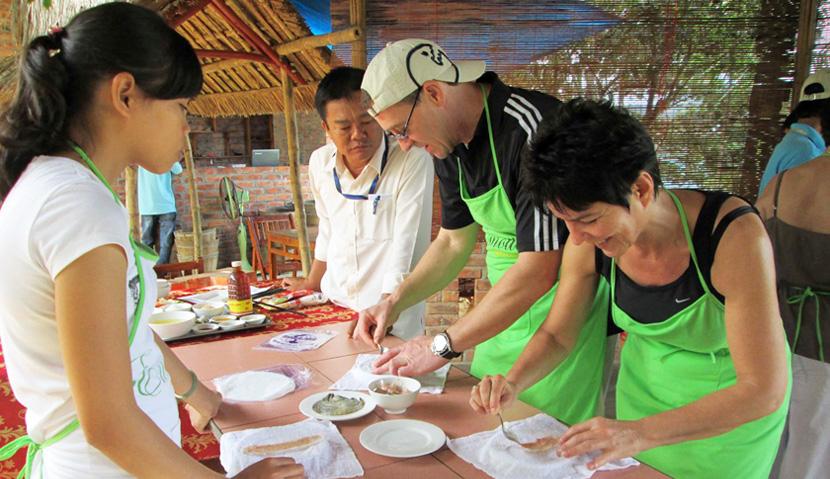 Main image ofSaveurs du centre de Hoi an à Hué