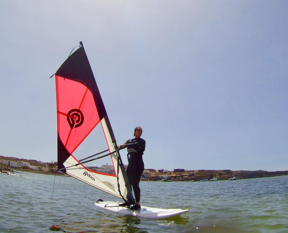 Main image ofStage d'initiation de planche à voile à Fuerteventura pour débutant ou confirmé 7 nuits: Aventure assurée!