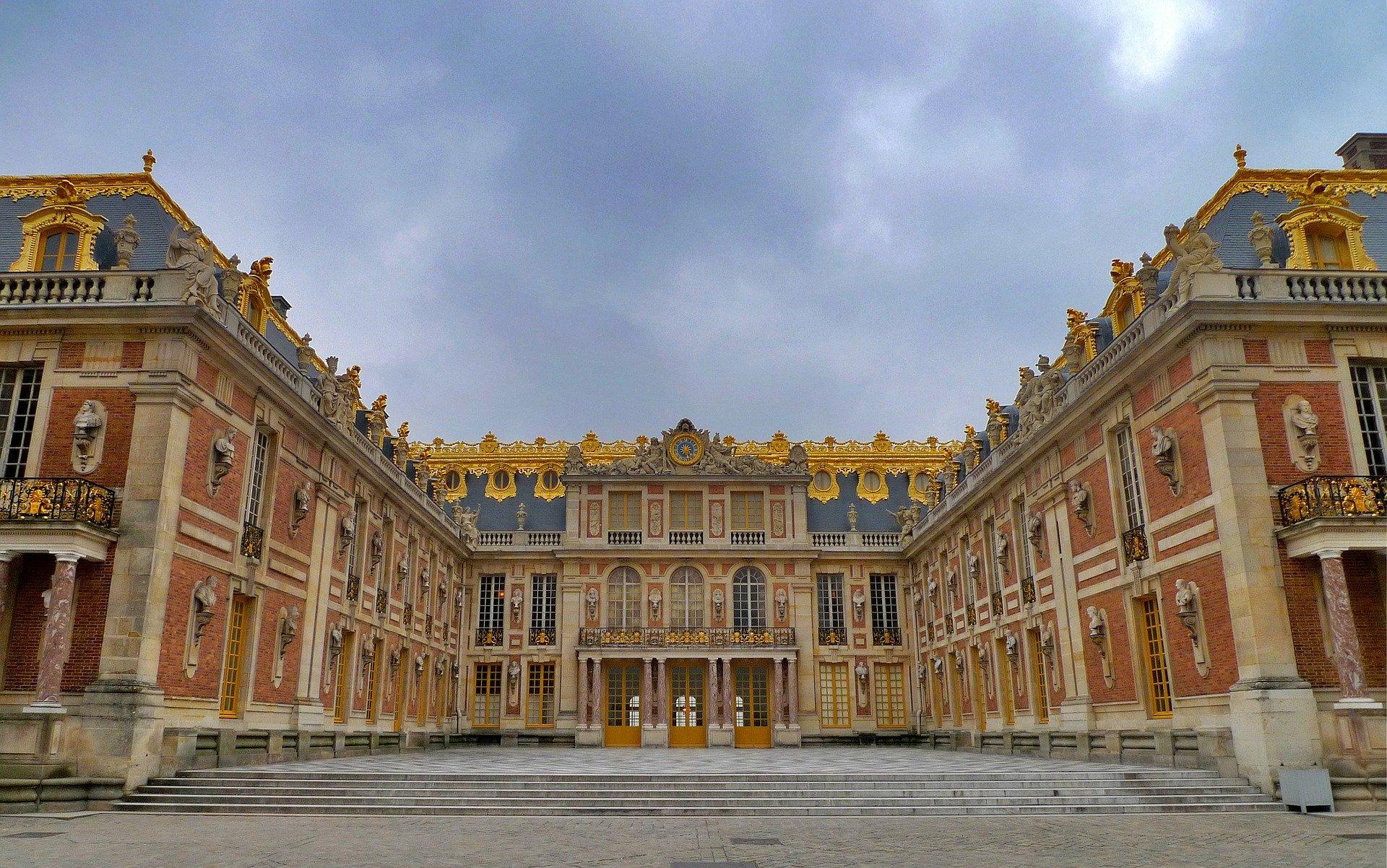 Main image ofVersailles et Giverny (maison de Claude Monet)