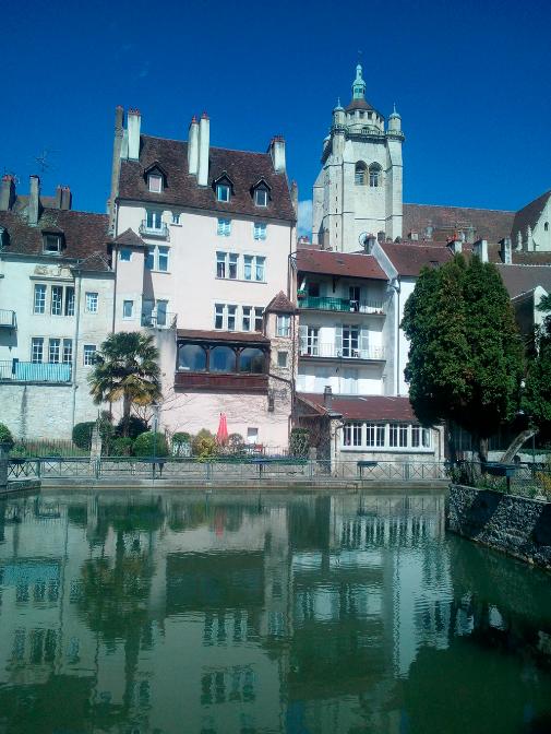 Main image ofDe la ville à la montagne: Une semaine pour découvrir le Jura !