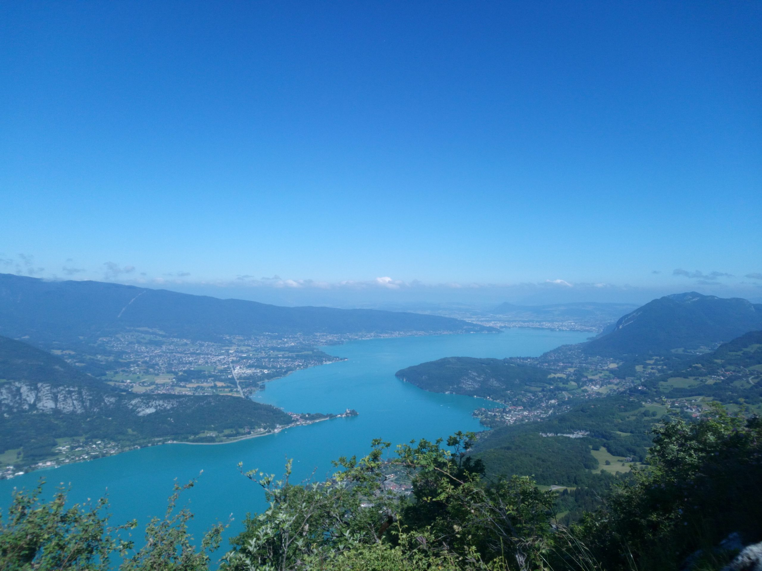Main image ofLong sport weekend in Annecy with friends or in couple
