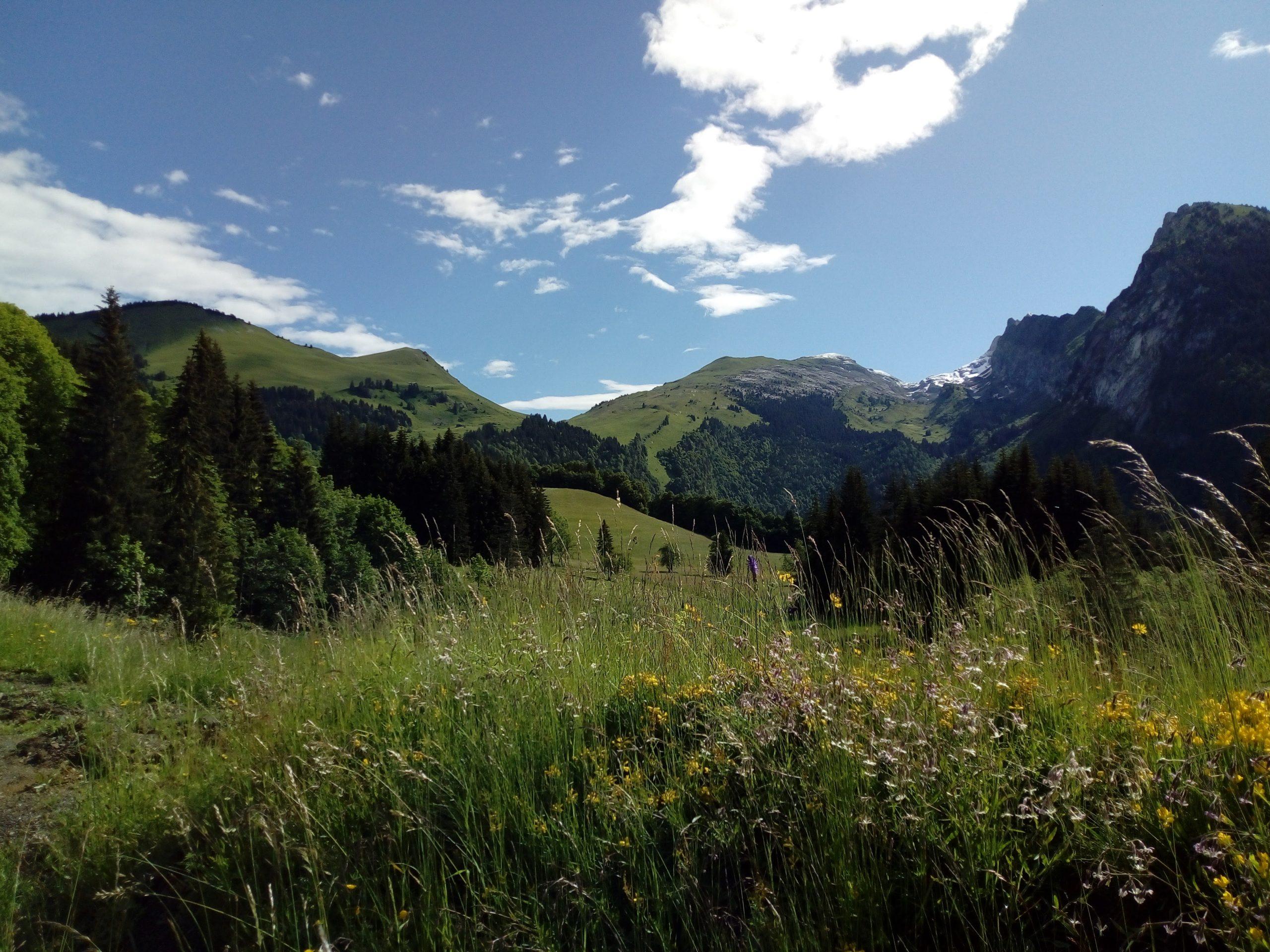 Main image ofEvadez-vous quelques jours en mode rando au coeur des Alpes !