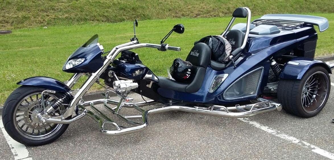 Main image ofPartez à la découverte de nouvelles sensations le temps d'un week-end en conduisant un Trike !