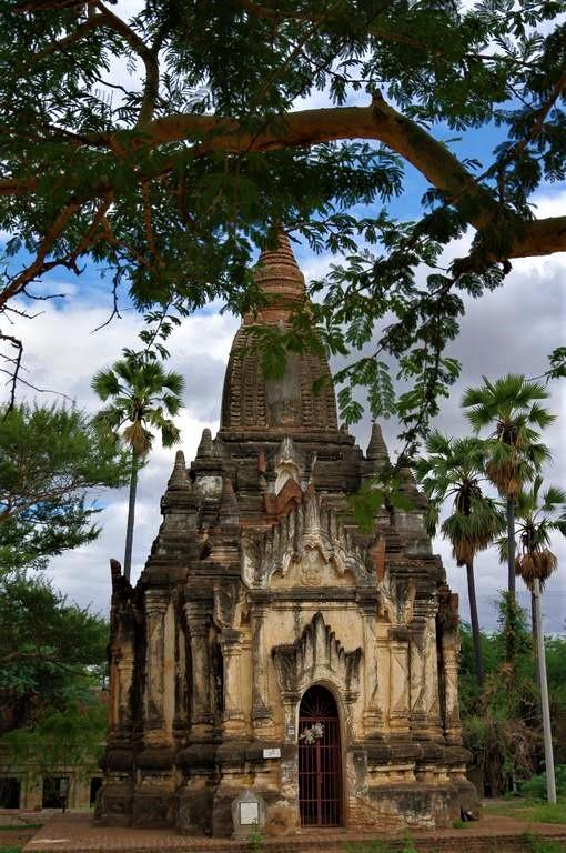 Main image of''Mingalaba'' ( bonjour en birman )  En route pour la Birmanie
