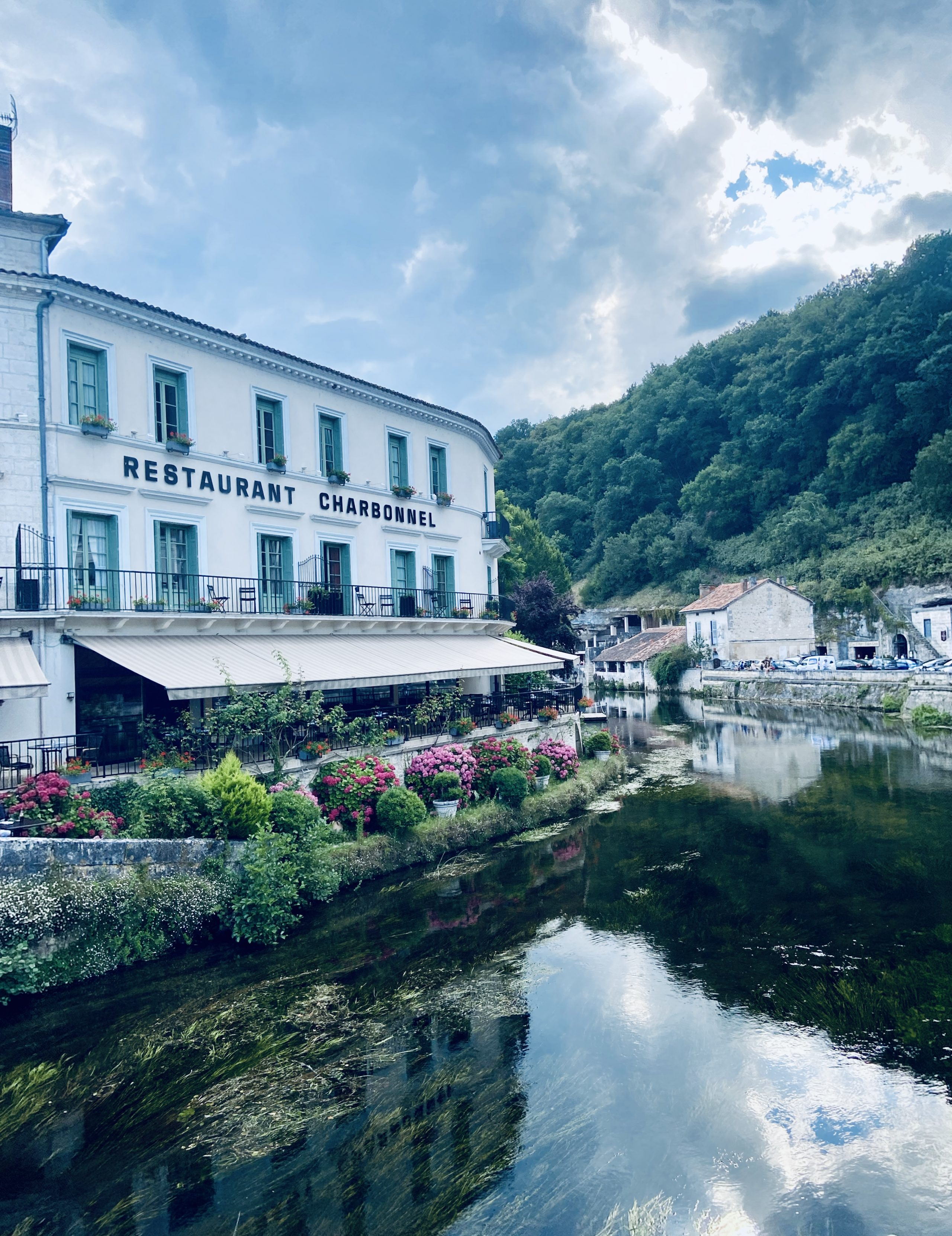 Main image ofMise au vert en Dordogne - Hôtel de charme
