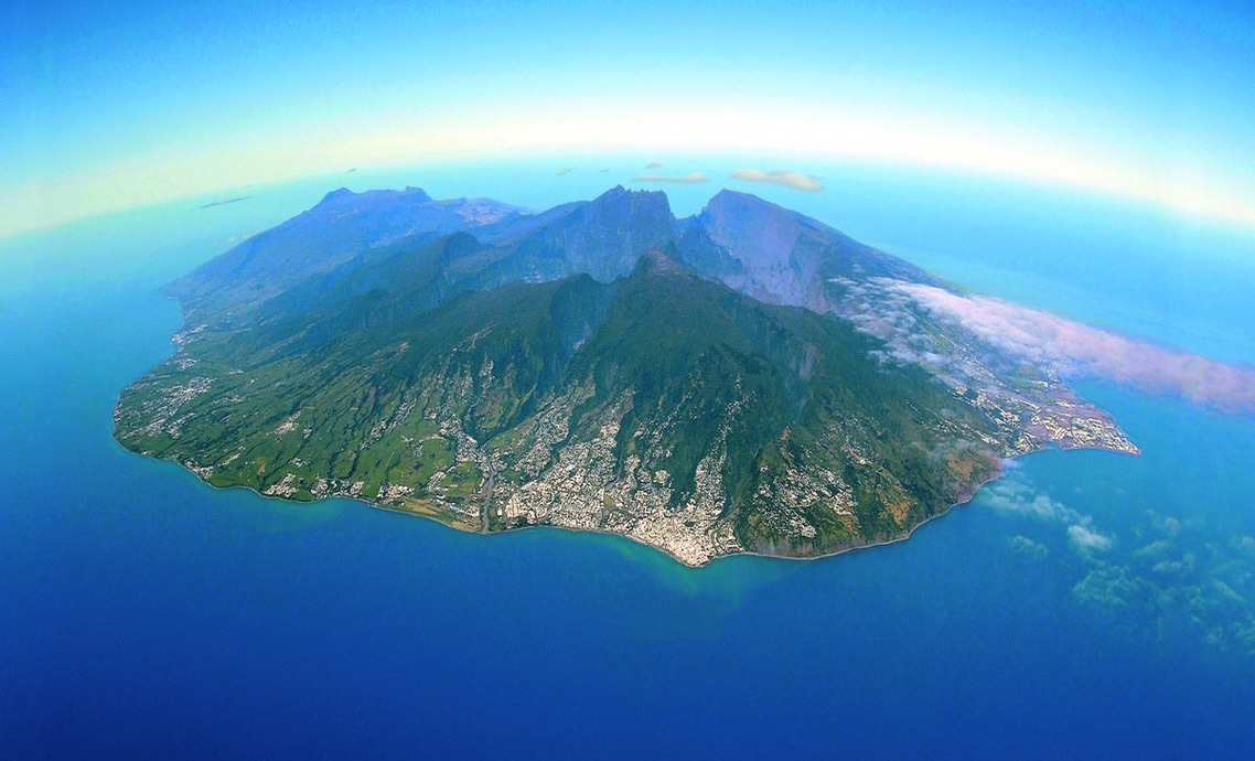 Main image ofRoad trip pour un séjour en toute liberté à l'île de la Réunion