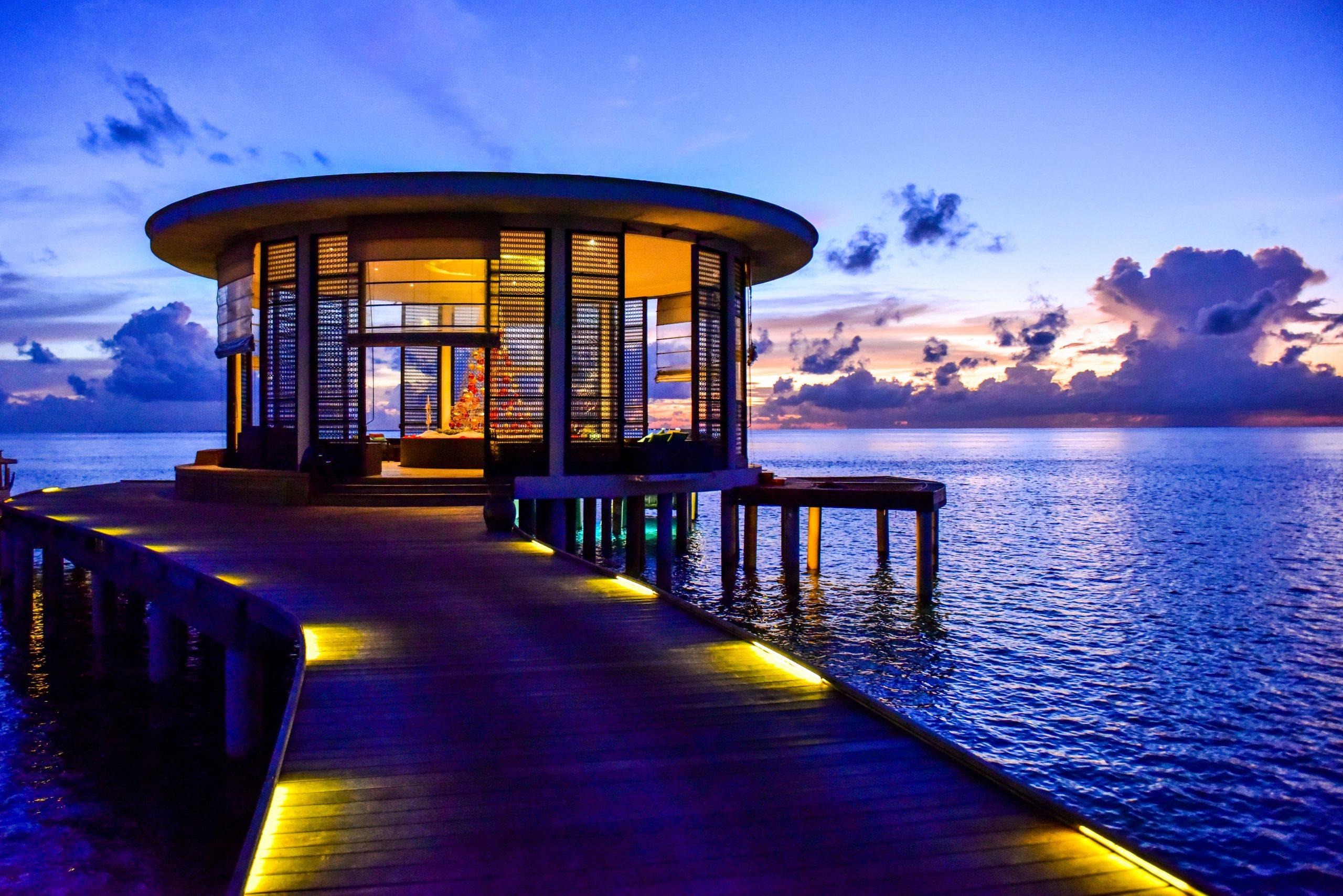 Main image of article: Pourquoi faire un voyage de luxe sur mesure avec nous ?