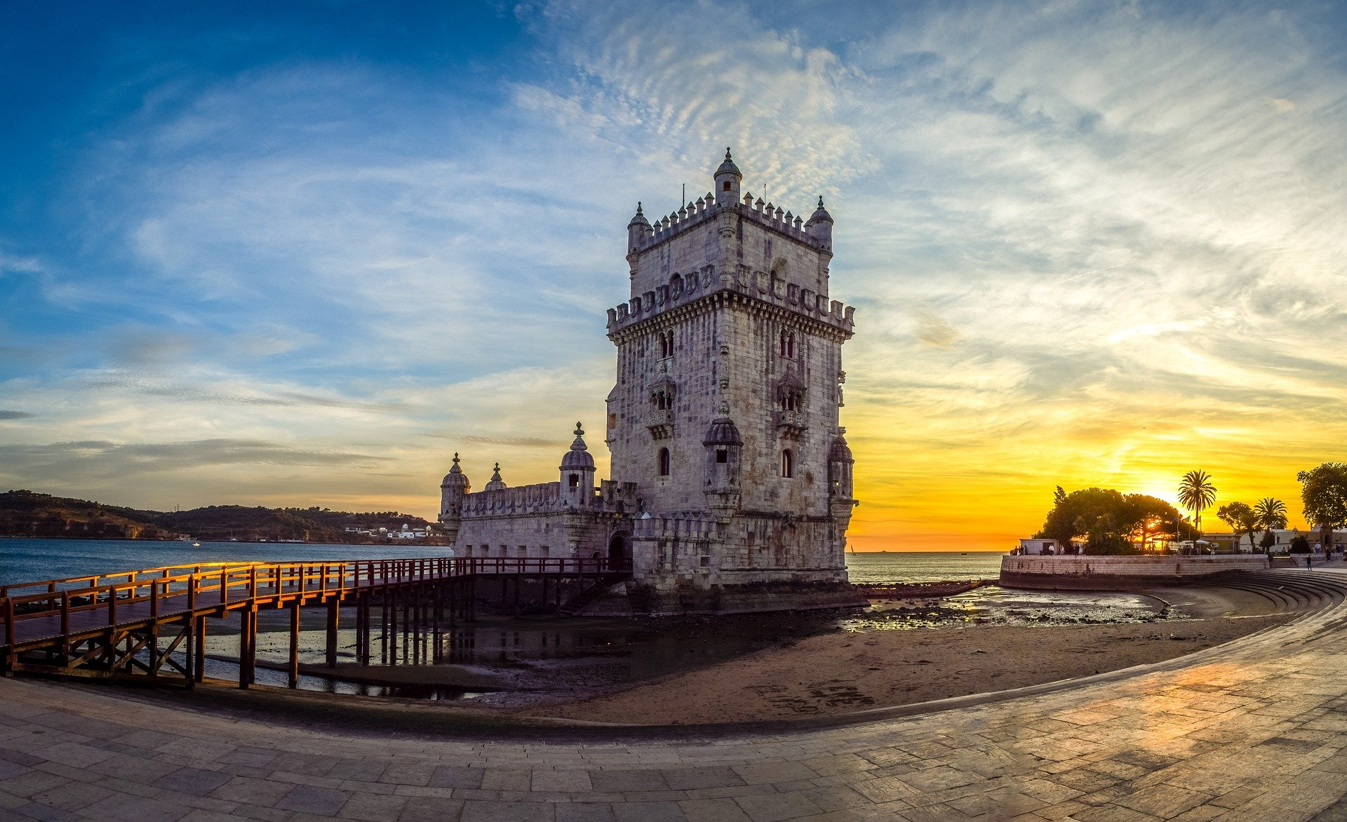 Main image of article: From Porto to Lisbon…